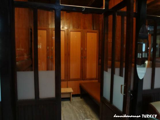 イェニ・カプルジャ(Yeni Kaplıca)更衣室